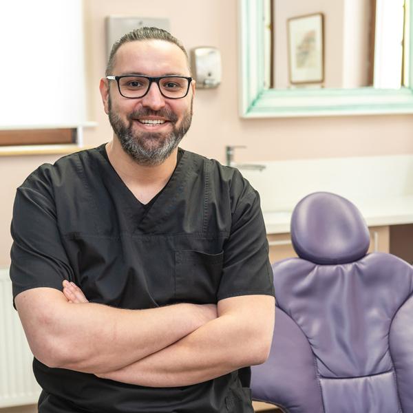 Dr. Cătălin Fânaru